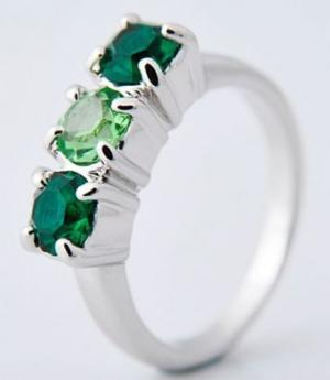 Brand New 10k Emerald White Gold Sapphire Wedding Ring - Size 7.5