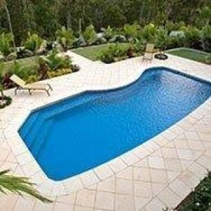 FIBERGLASS SWIMMING  POOL  8 x 4.2 Mt