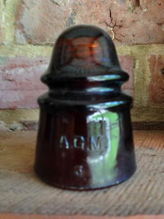 Nice AGM Amber Insulator